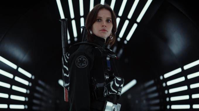 Felicity Jones in una scena di 'Rogue One' – Foto: Lucasfilm