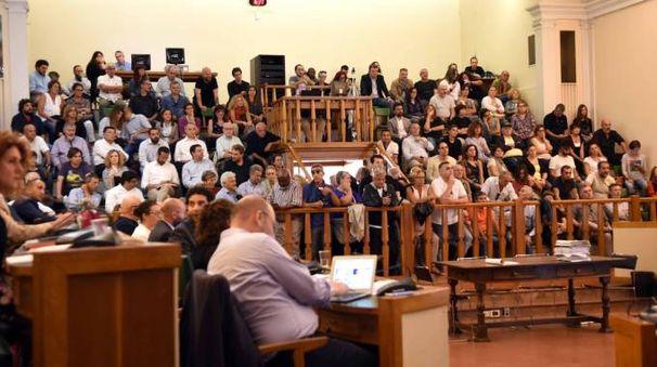 Il consiglio comunale riunito in una seduta