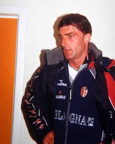 Pagliuca con la maglia del Bologna, erano gli inizi del 2000 (fotoSchicchi