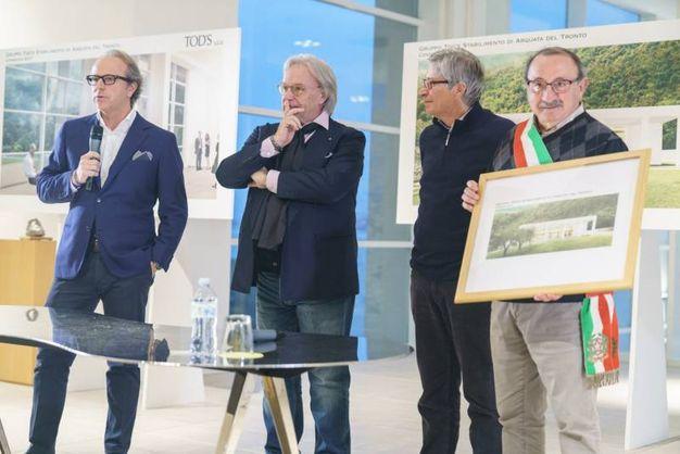 Diego ed Andrea Della Valle, il commissario straordinario alla ricostruzione Vasco Errani e il sindaco di Arquata del Tronto, Aleandro Petrucci (Foto Zeppilli)