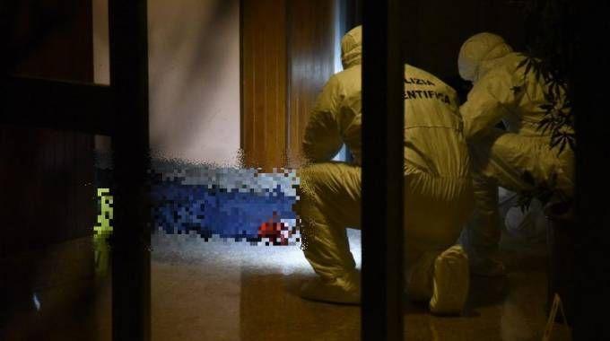 Trovata morta davanti al pianerottolo, omicidio a Bergamo