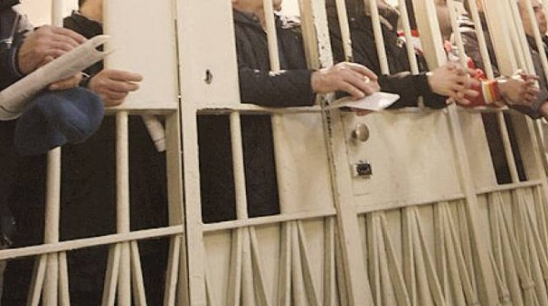 Detenuti in un carcere