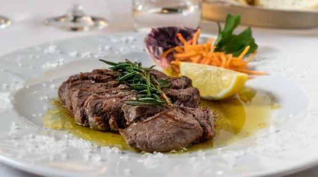Un piatto al ristorante (foto d'archivio)