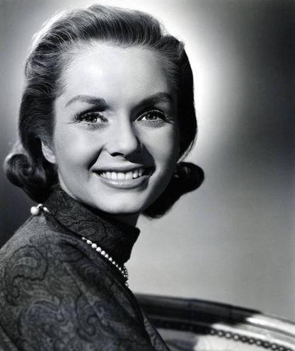 Debbie Reynolds sul set di un fim nel 1956