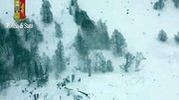 L'hotel Rigopiano sepolto dalla neve (polizia di Stato)