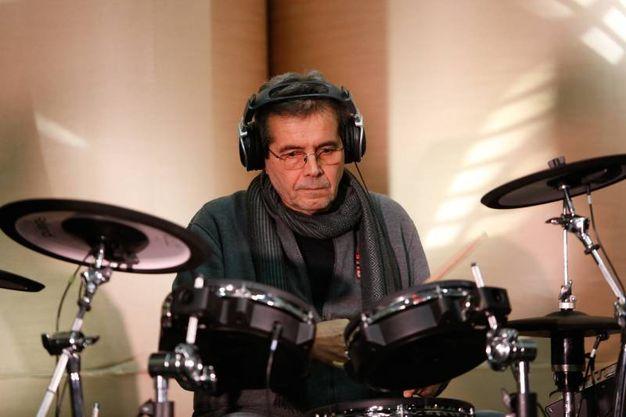 Il batterista della band, Giovanni Pezzoli (fotoSchicchi)