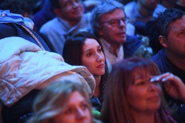 I fan degli Stadio emozionati al Carlino (fotoSchicchi)