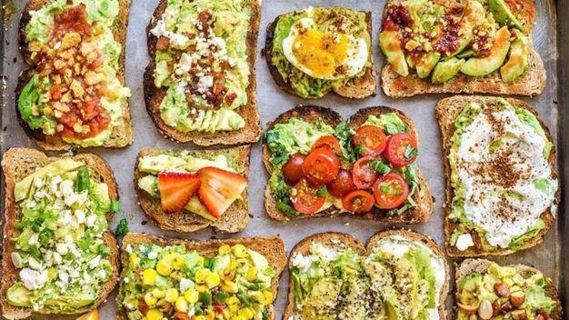 Bruschette assortite – Foto: The Avocado Show , account ufficiale Facebook