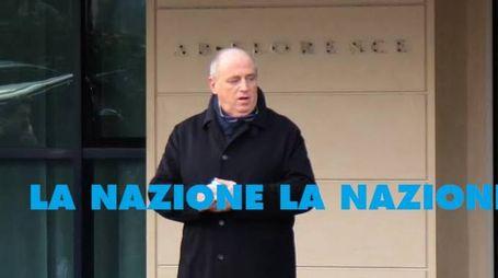 Andrea Bacci esce dalla sua azienda