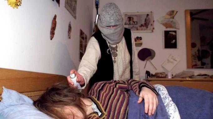 Furto in casa in zona Gad, anziani narcotizzati e derubati