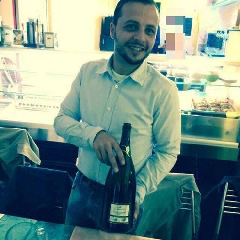 Gabriele D'Angelo, cameriere (Facebook)