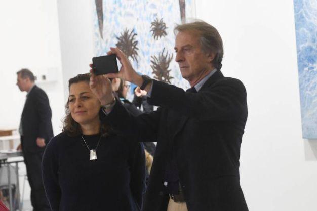 Anche il presidente di Alitalia, il bolognese Luca Cordero di Montezemolo, tra i padiglioni di Arte Fiera (Schicchi)