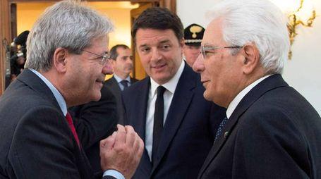 Gentiloni, Renzi e Mattarella (Imagoeconomica)