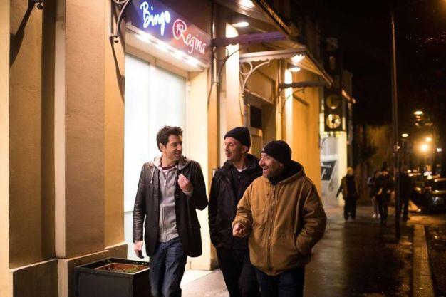 Morelli davanti alla sala bingo di viale XII Giugno (LaPresse)