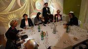 Una delle tavolate della cena organizzata all'interno di Dalì Experience da EmilBanca (Schicchi)