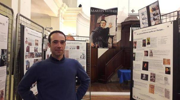 Filippo Cenni alla mostra nel tempio protestante di Angoulême