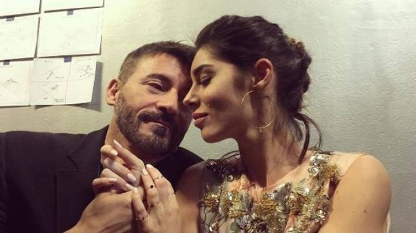 Max Biaggi e Bianca Atzei (Instagram)