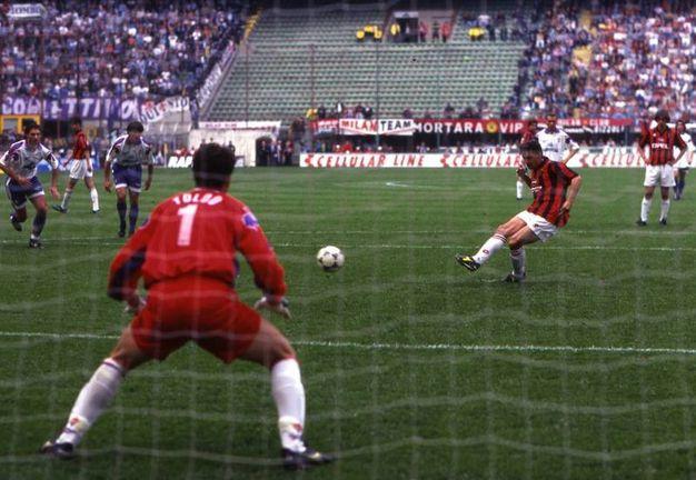 Realizza un gol nel 3-1 alla Fiorentina che vale il titolo al Milan (Olycom)