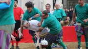 Partita dell'Assedio in piazza Santa Croce a Firenze (foto Marco Mori/New Pressphoto)