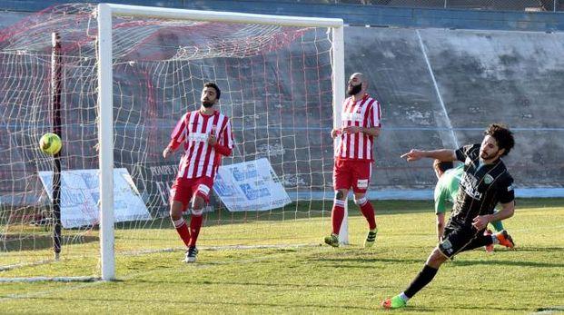 Il gol dello 0-2 siglato da Settembrini (foto Fantini)