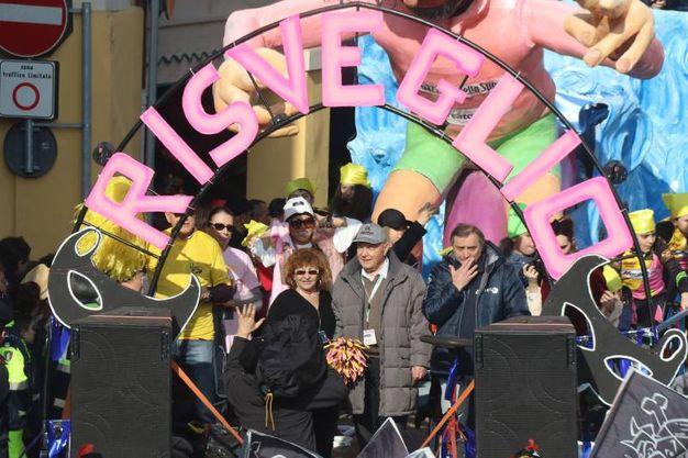 Carnevale di Cento, il Carro del Risveglio (foto Andrea Samaritani)