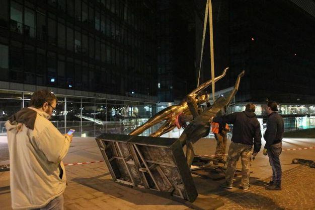 Omaggio a Tersicore, l'opera in piazza Liber Paradisus (foto Schicchi)