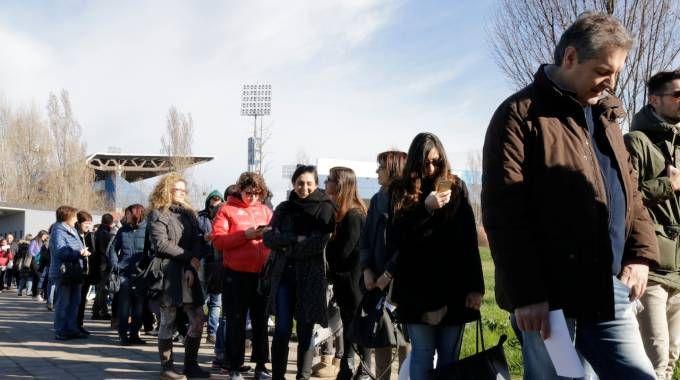 I fan di Ligabue in fila per un biglietto