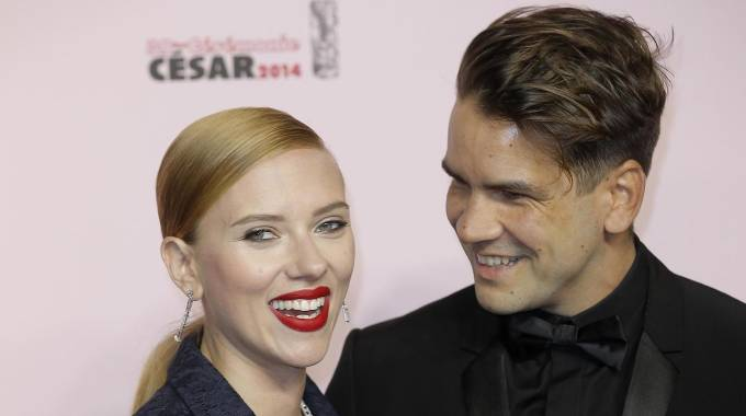 Scarlett Johansson e l'ex marito Romain Dauriac (Ansa)