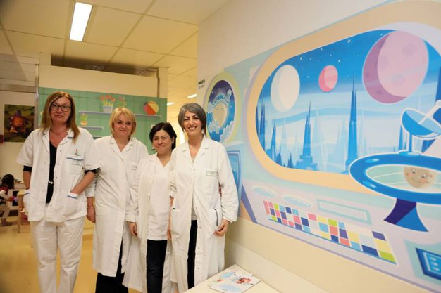 Bologna nuova veste 39 cosmica 39 per il reparto pediatrico for Le navicelle spaziali