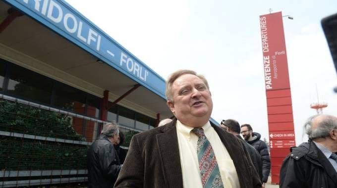 Robert Halcombe sempre più nel mirino: ha la gestione trentennale dello scalo e lo tiene in stallo