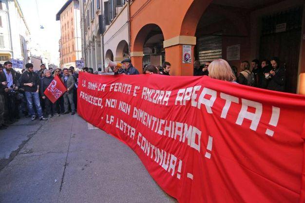 Commemorazione per Francesco Lorusso in via Mascarella (Foto Schicchi)