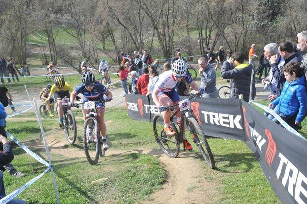Campionato internazionale di mountain bike alla montagnetta di San Siro - parco Monte Stella