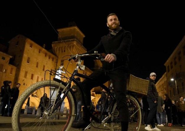 Mirco Antenucci in bicicletta (foto Businesspress)