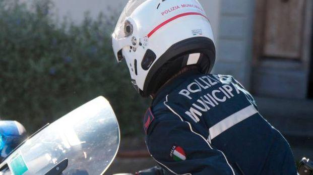 Controlli della polizia municipale (foto di repertorio)