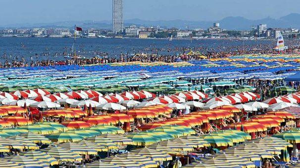 La spiaggia di Cervia (Foto Corelli)