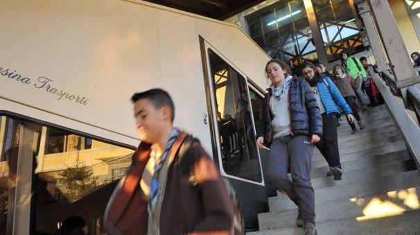 Funicolare e bus per risolvere il nodo viabilità