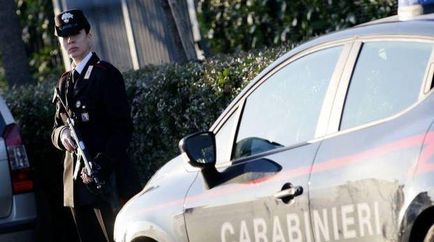 Un posto di controllo dei carabinieri. Foto Gianni Nucci/Fotocronache Germogli
