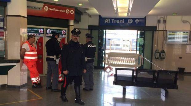 Le forze dell'ordine in stazione