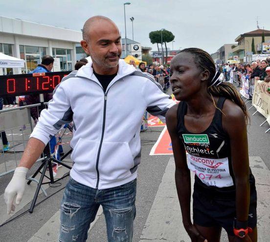 Maratonina Città di Pistoia, immagini della gara e dell'arrivo (Foto Quartieri)