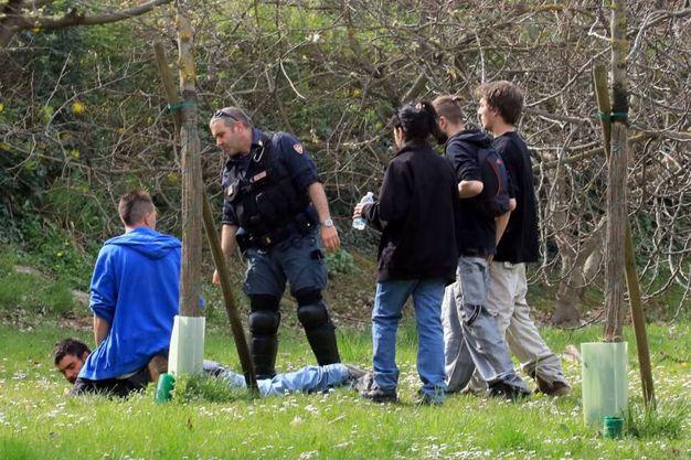 La polizia ha fermato diversi partecipanti al rave abusivo (Schicchi)