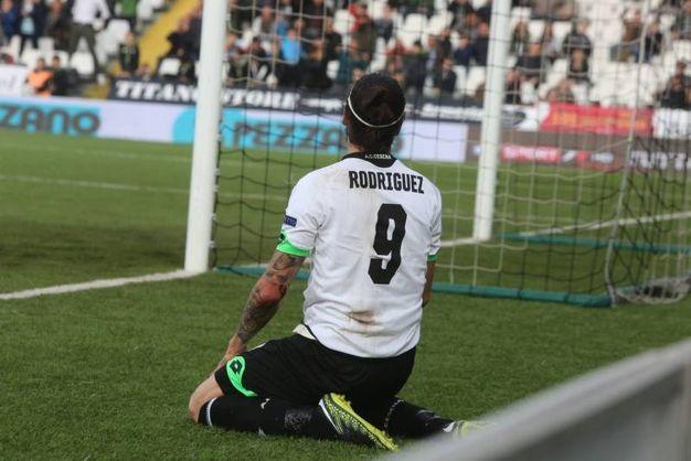 Rodriguez si dispera per il gol mancato al 12' (foto Ravaglia)