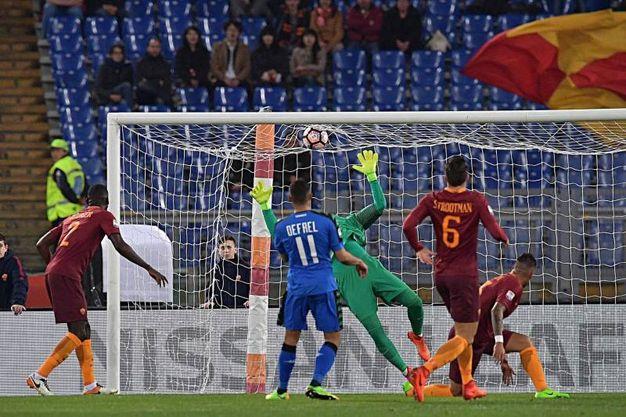 Il gol di Defrel (Foto LaPresse)