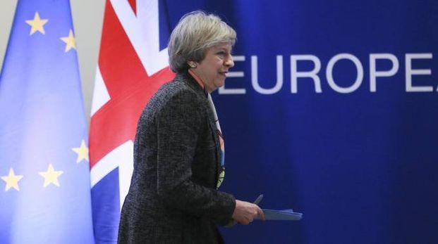 Brexit, il primo ministro May attiva l'articolo 50 (Ansa)