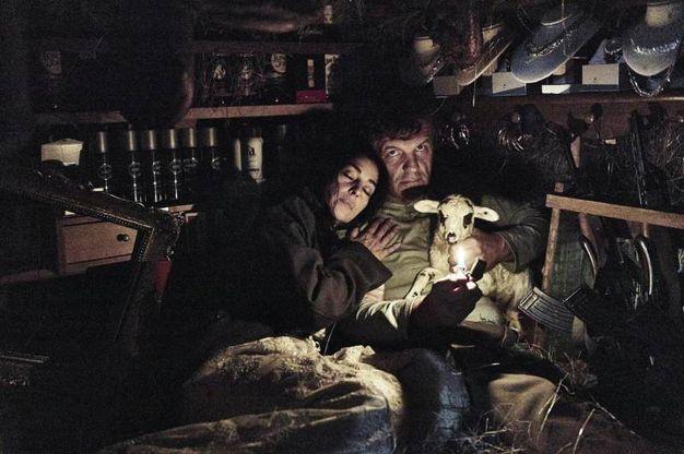 2016 - Una foto di scena del film 'On the milky road' di Emil Kusturica (Ansa)