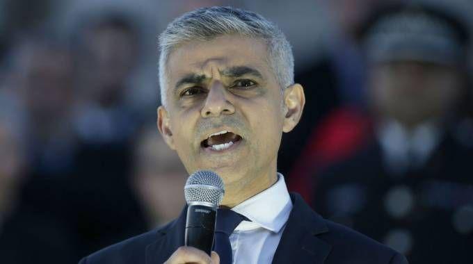 Il sindaco di Londra  Sadiq Khan (Lapresse)
