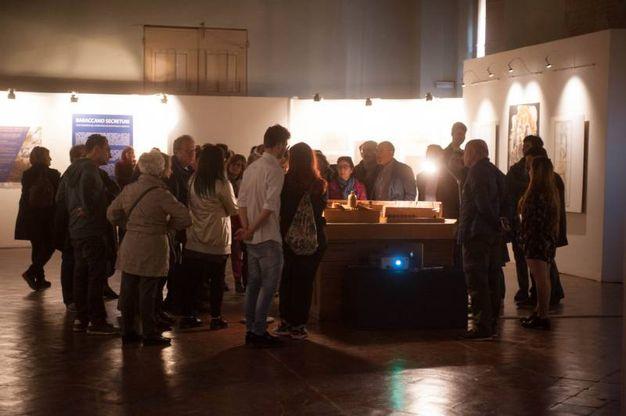 Tante persone per la visita al complesso monumentale del Baraccano (foto Schicchi)