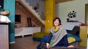 Simona Zoffoli dentro la sua abitazione (Foto Fantini)