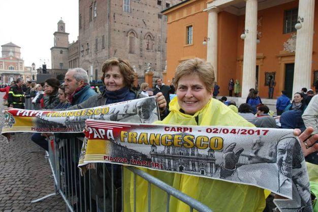 Folla per il Santo Padre (Foto Fiocchi)