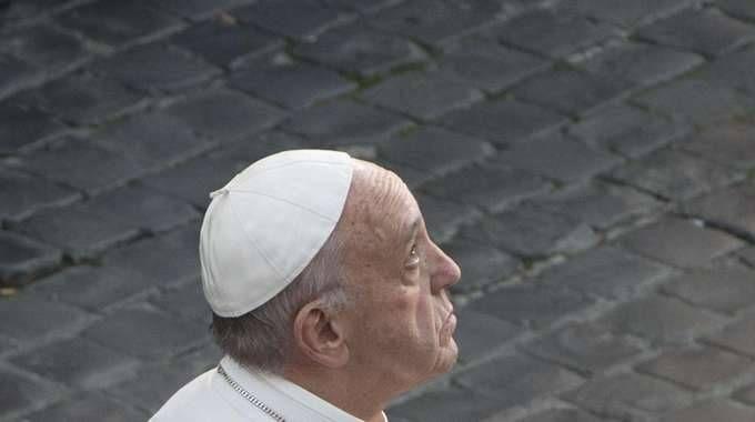 Papa a emiliani, voi esempio coraggio