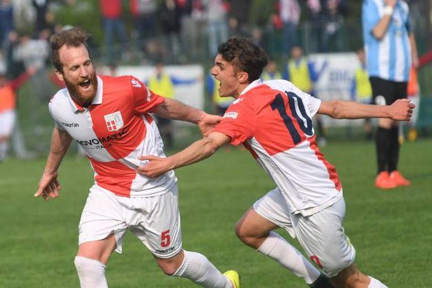 Il gol dell'1-0 per il Rimini (foto Schicchi)